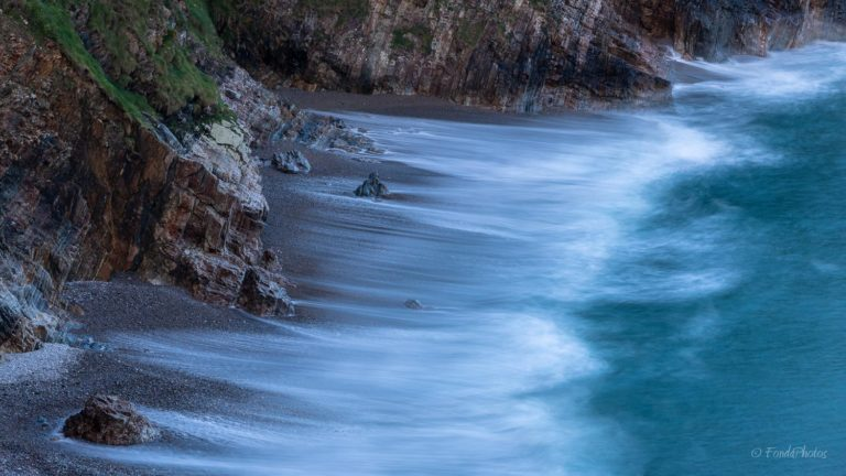 Playa del Silencio, waves, long exposure, Asturias