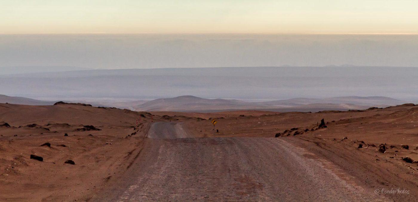 A760 west towards Patillos, Chile